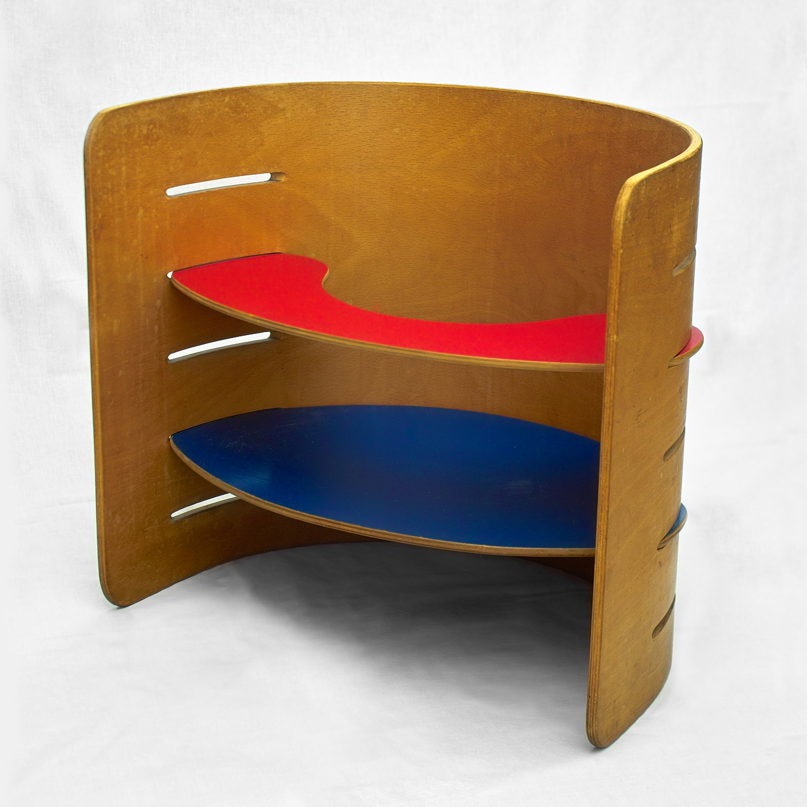 Kristian Vedel: Multifunctional children's furniture in laminated beech (Design: 1951, Manufacture: 1956). Manufacturer: Torben Ørskov & Co. Silver medal at La Triennale di Milano, 1957.