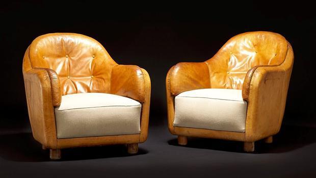 Unika-lænestole-Club-Chairs-af-Arne-Jacobsen.-Tegnet-i-1935.-Solgt-hos-Bruun-Rasmussen-for-410.000-kr