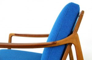 teak_and_oak_easy_chair_by_tove_and_edvard_kindt-larsen_for_france_and_daverkosen_kvadrat_hallingdal_blue_-_made_in_denmark_1_7-976x638