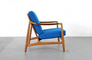 teak_and_oak_easy_chair_by_tove_and_edvard_kindt-larsen_for_france_and_daverkosen_kvadrat_hallingdal_blue_-_made_in_denmark_2_6-976x638