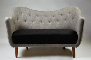 3_2183299_sofa-bo46-designed-by-finn-juhl-for-bovirke-denmar-1024x683