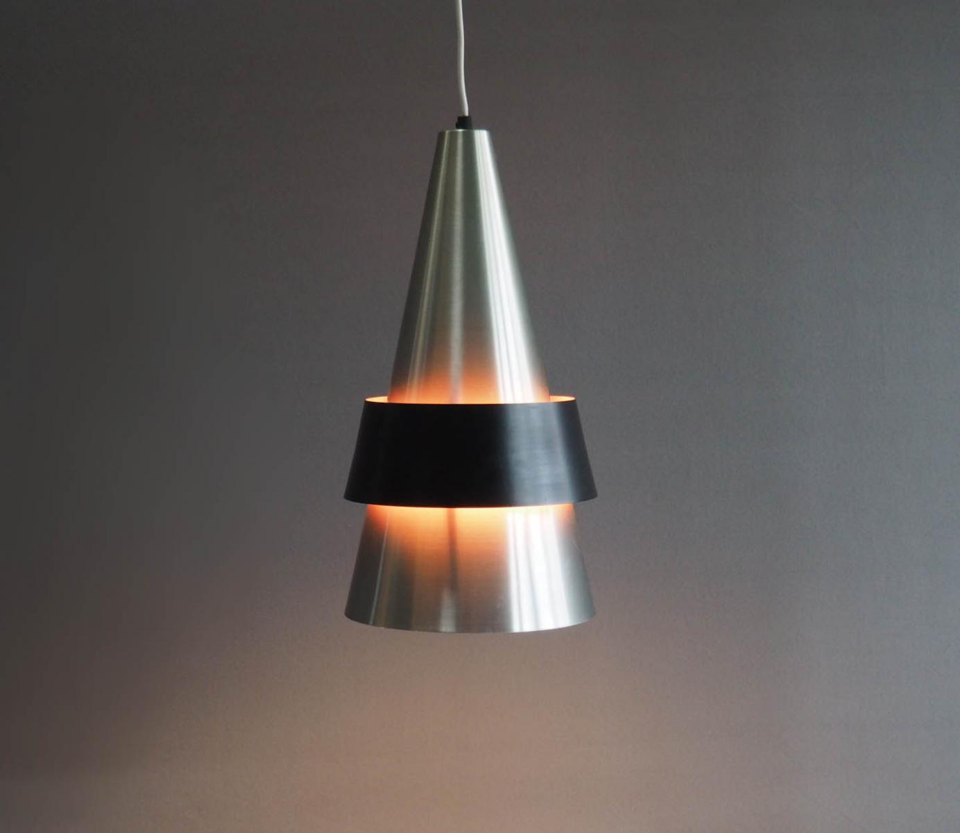 Portræt af Jo Hammerborg Moderne belysning til alle